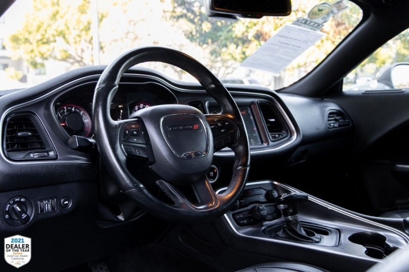 Dodge Challenger 2016 price $22,700
