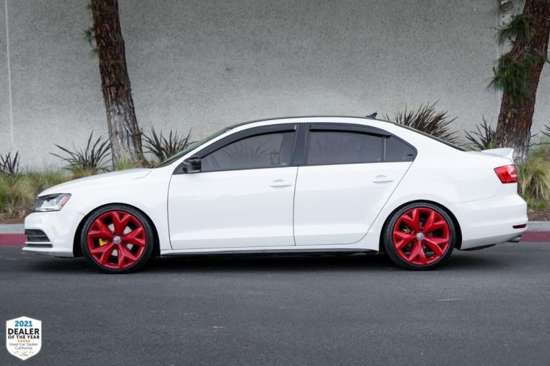Volkswagen Jetta 2015 price $12,650