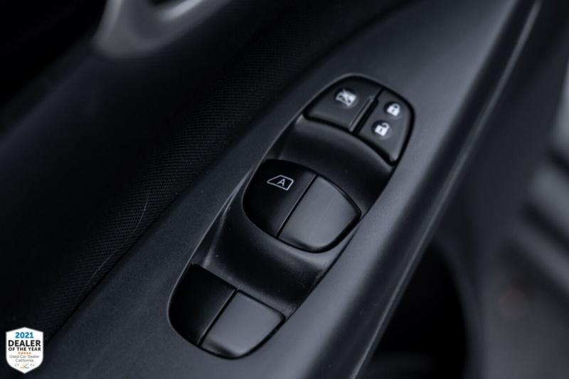 Nissan Sentra 2016 price $13,990
