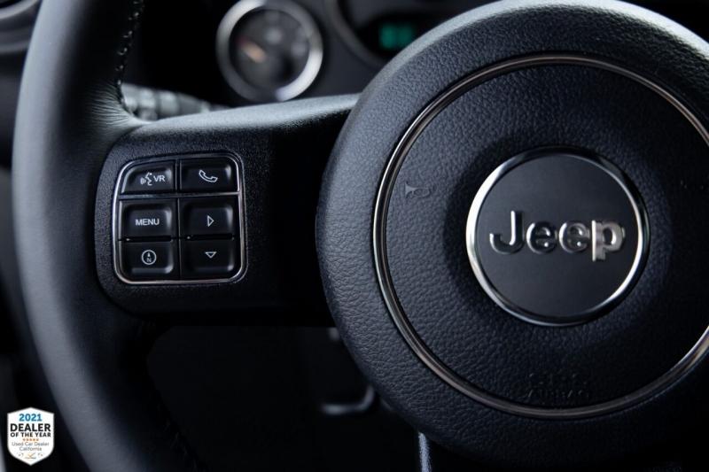 Jeep Wrangler Unlimited 2017 price $37,990