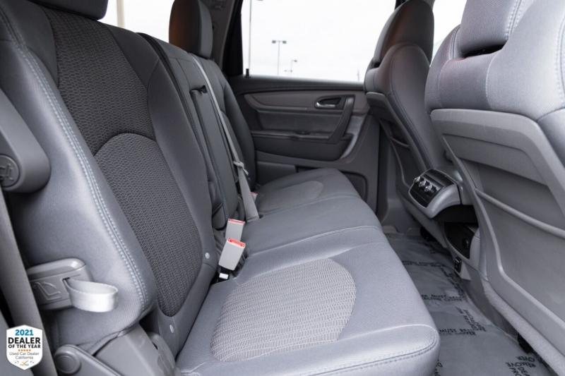Chevrolet Traverse 2015 price $19,700
