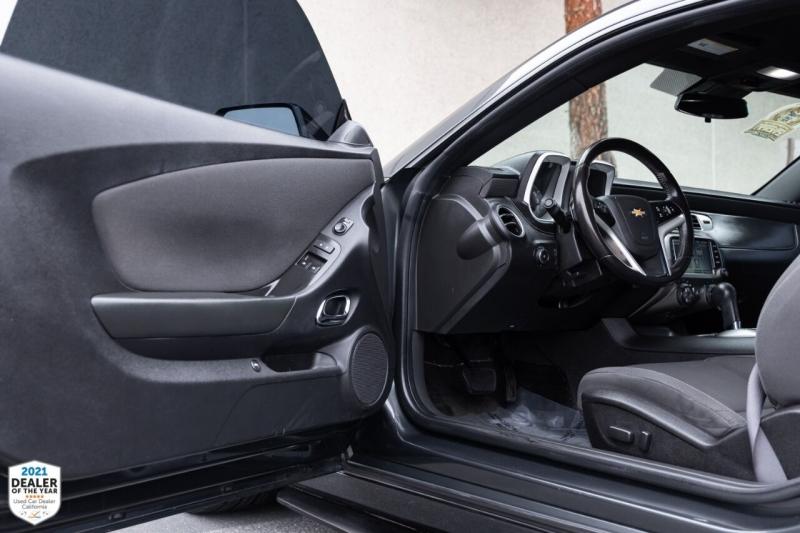 Chevrolet Camaro 2015 price $21,997