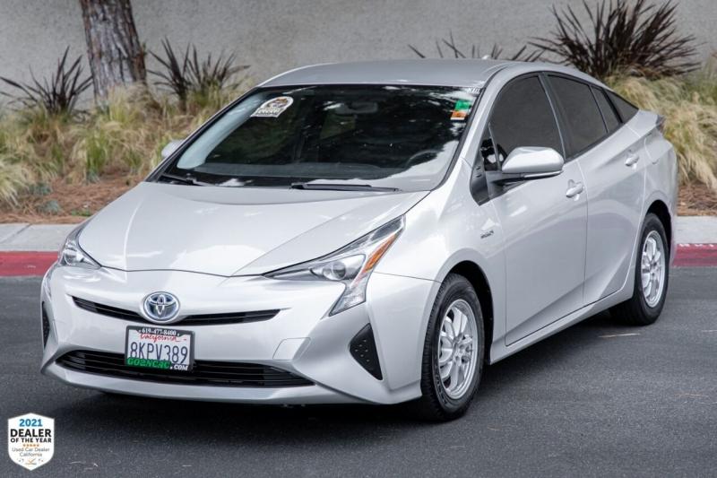 Toyota Prius 2016 price $16,900