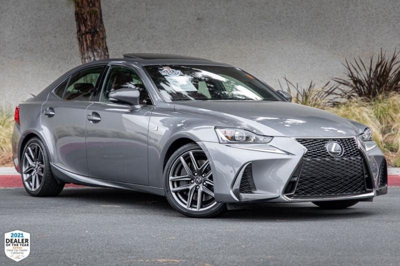 Lexus IS 300 2018 price $33,900