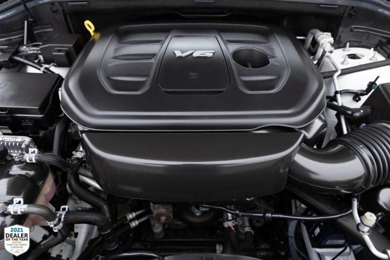 Jeep Grand Cherokee 2016 price $31,700