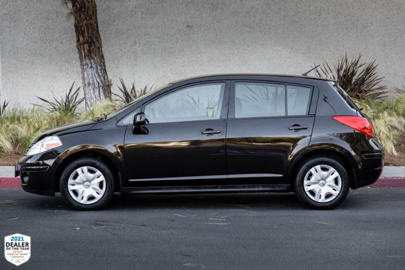 Nissan Versa 2011 price $8,500