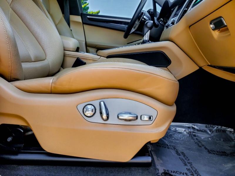 Porsche Macan 2018 price $46,990