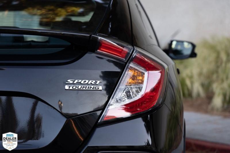 Honda Civic 2018 price $27,700