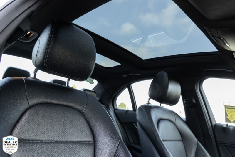 Mercedes-Benz C-Class 2016 price $25,900