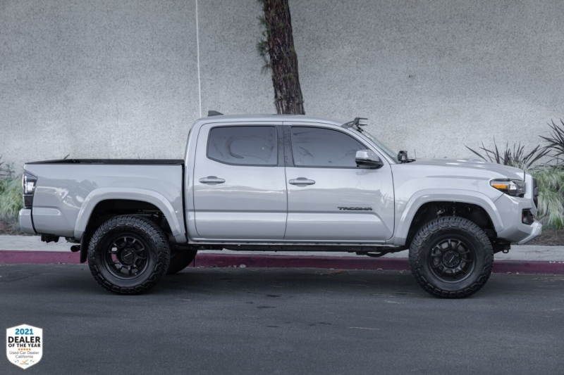 Toyota Tacoma 2019 price $39,900