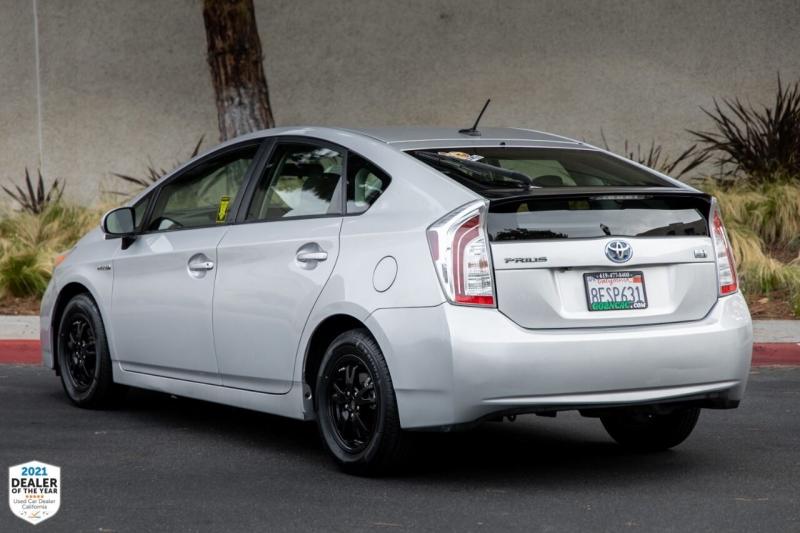 Toyota Prius 2014 price $11,500