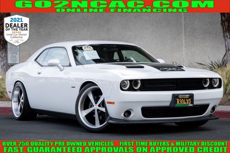 Dodge Challenger 2015 price $25,990