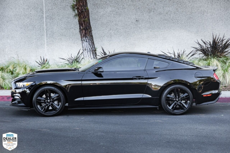 Ford Mustang 2016 price $25,700