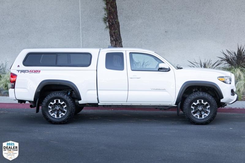 Toyota Tacoma 2016 price $32,900