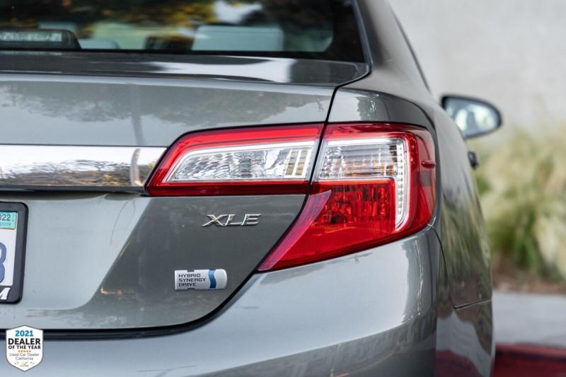 Toyota Camry Hybrid 2014 price $18,900