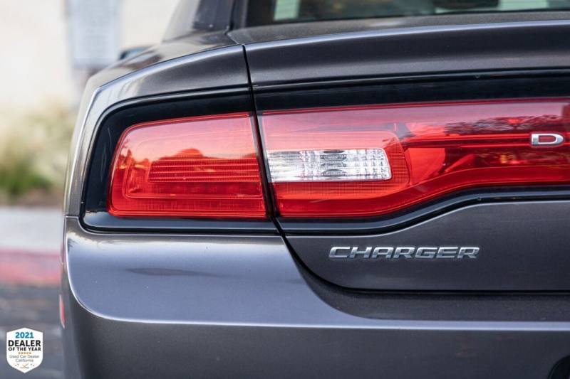 Dodge Charger 2014 price $17,900