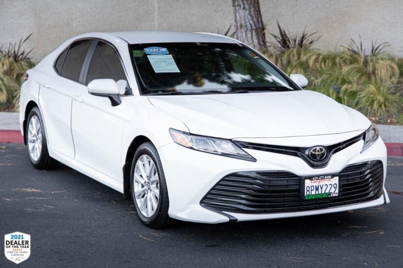 Toyota Camry 2018 price $23,900