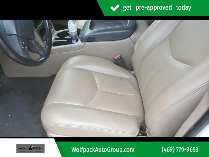 Chevrolet Avalanche 2004 price $10,999