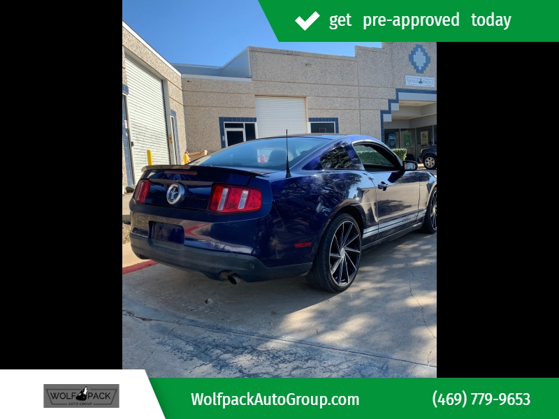Ford Mustang 2010 price $7,499